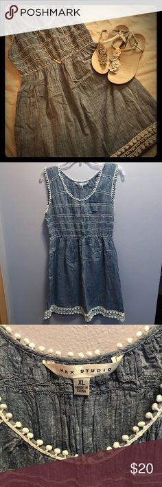 ⬇️PRICE⬇️Max Studio Chambray Dress 👗 Adorable and comfy Max Studio chambray dress with fun detail. XL Max Studio Dresses Midi