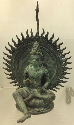 Sculptures, Lion Sculpture, Indonesian Art, Thai Art, Births, God Pictures, Religious Icons, Hindu Art, Visionary Art