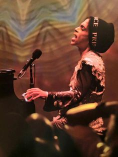 "Prince at one of his last ""Piano & Microphone"" intimate concerts 2016"