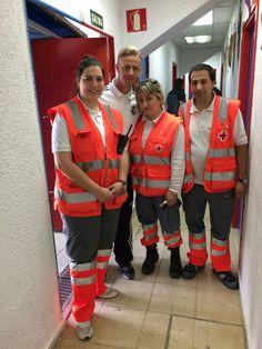 Voluntarias/os de Cruz Roja Encartaciones cubriendo Torneo internacional futbol infantil Dani Guenes