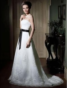 Stunning A-line Strapless Sweep Train Lace Wedding Dress Wal07113-lt