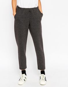 Comfy is a new trend and I love it! Looking cool and comfy is my thing. Check out these trousers, they define that trend: Find them here: http://asos.do/oN6LiQ