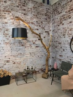 Floor lamp, Arc lamp of old oak branch and lampshade in model and color of your choice. Floor lamp Arc lamp of old oak branch and lampshade in model Arc Lamp, Arc Floor Lamps, Diy Floor Lamp, Best Floor Lamps, Diy Home Decor, Room Decor, Pub Decor, Diy Casa, Branch Decor