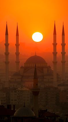 Istambul, Turkey                                                                                                                                                     Más