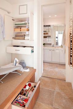 家事動線 Woodworking Projects Diy, Wood Projects, Ed Wood, Cabinet, Bathroom, Storage, Furniture, Design, Home Decor