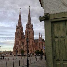 Basílica Nuestra Señora de Luján. Luján, Buenos Aires. Argentina. Foto Cecilia Isacchi South America Travel, Iglesias, Bolivia, Central America, Belize, Ecuador, Jamaica, Panama, Barcelona Cathedral