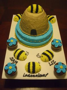 Cake I made for my good friend when they adopted their baby. His room was all bumblebees.