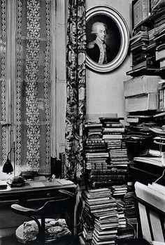 André Kertész. Paris, December 9, 1929