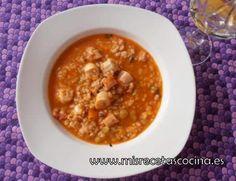 Arroz con Pulpo hecho con thermomix Pasta, Rice Recipes, Chana Masala, Cheeseburger Chowder, Menu, Soup, Ethnic Recipes, New Recipes, One Pot Dinners