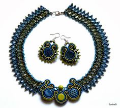 art, crafts and beads: Blue