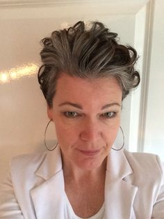 how to grow out grey hair that is colored