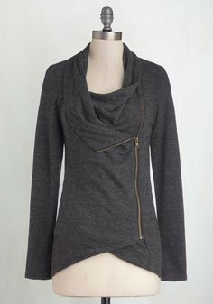 Airport Greeting Cardigan in Charcoal. Bracing yourself for a long day of travel, you take comfort in the fact that you'll be with oodles of friends and family by dinnertime! #grey #modcloth