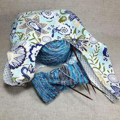 Projekttasche Blumen und Punkte Blau Beige