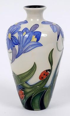 A Moorcroft pottery Fly Away Home pattern vase, : Lot 54