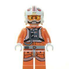 2013 style luke pilot papercraft. by pittpenguin123 Lego Star Wars Minifiguren, Star Trek, Legoland, Lego Boards, Original Trilogy, Lego Technic, Luke Skywalker, Lego Sets, Legos