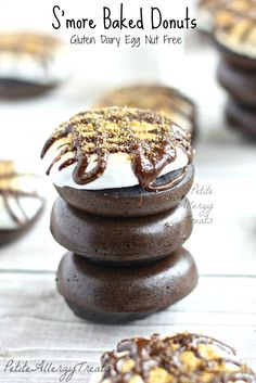 S'more Baked Donuts-PetiteAllergyTreats Gluten free, dairy free, egg free Healthy S'more donuts #glutenfree, #smore, #donut