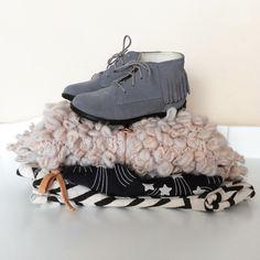 Suede leather fringe moccasins. Kids Shoes.