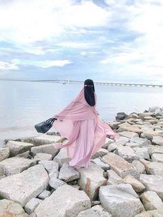 Niqab Eyes, Hijab Niqab, Muslim Hijab, Muslim Girls, Muslim Couples, Hijabi Girl, Girl Hijab, Islamic Girl Images, Muslim Couple Photography