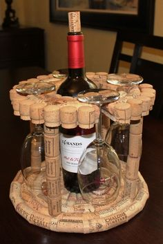 Wine Caddy - Holds four glasses and a bottle More
