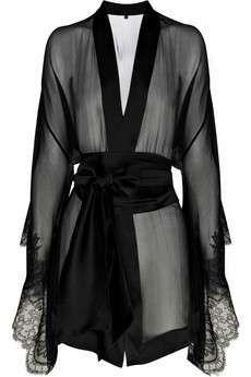 Carine Gilson Frou Frou silk chiffon kimono - it looks odd but weirdly i like it Jolie Lingerie, Hot Lingerie, Lingerie Sleepwear, Nightwear, Black Lingerie, Lingerie Sites, French Lingerie, Chiffon Kimono, Silk Chiffon