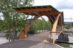 Puentes construidos con madera