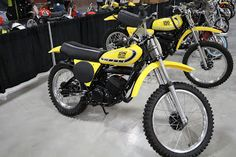 OldMotoDude: 1975 Yamaha YZ125 sold for $6,000 at the 2017 Mecu...