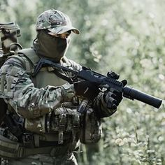 Spetsnaz Alfa recon unit on patrol. Can anyone identify the weapon he is holding?  #spetsnaz #groupalfa #military #camo #ak47 #russian #russia #ak74 #weapons #warfare #woods #combat #russiamilitaryforce #russian #urban #specops #specialized #blend #gun #firearms #multicam