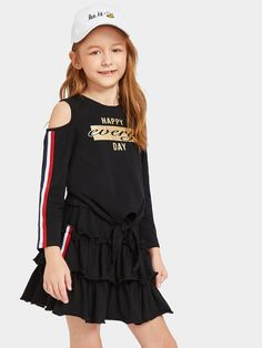 Improve How You Look With These Great Fashion Tips Teen Fashion Outfits, Cute Fashion, Kids Outfits, Kids Fashion, Cool Outfits, Frocks For Girls, Teenager Outfits, Top Knot, Outfit Sets