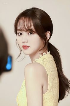 Kim So Hyun Fashion, Kim Sohyun, Park Min Young, Homemade Salsa, Beauty Queens, Korean Beauty, K Idols, Asian Woman, Kpop Girls
