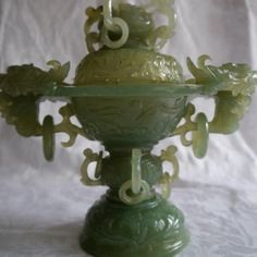 ANTIQUE JADE HAND-CARVED CHINESE URN