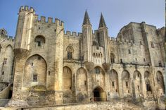 Bespoke Day Tour in Avignon and Chateauneuf-du-Pape
