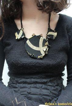 Collana tessile realizzata con stoffa di TizianaSmasserizie