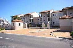 Visit Gumtree South Africa, your local online classifieds with thousands of live listings! Buy & sell cars, property, electronics, or find a job near you. Buy And Sell Cars, Extractor Fans, One Bedroom Apartment, Open Plan Kitchen, Lounge Areas, Car Wash, Hostel, Washing Machine, Swimming Pools