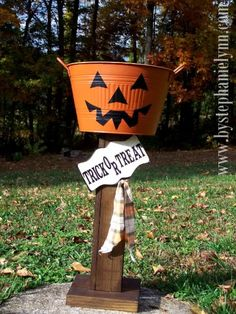 Trick or Treat Candy Bucket Stand...great idea!