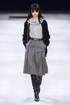 Celine Fall 2019 Ready-to-Wear Collection - Vogue Teen Fashion Winter, Winter Fashion Outfits, Fashion Week, Runway Fashion, Fashion Show, Womens Fashion, Fashion Trends, Fashion Online, Fashion Dresses