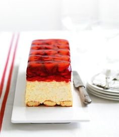 Strawberry Mascarpone Terrine recipe, brought to you by MiNDFOOD. Cold Desserts, No Bake Desserts, Just Desserts, Delicious Desserts, Yummy Food, Sweet Recipes, Cake Recipes, Dessert Recipes, Terrine Recipes