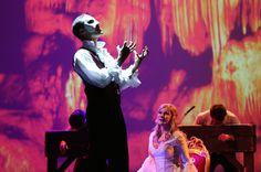 Einen Musicalklassiker neu inszeniert bringen Weltstar Deborah Sasson und Axel Olzinger mit ihrer Version des Phantoms der Oper am 19.01. in unserem Hegel-Saal auf die Bühne. Interaktive Videoanimationen der Originalschauplätze lassen den Zuschauer tief in das Bühnengeschehen eintauchen. Mehr unter: https://www.musiccircus.de/Tickets/das-phantom-der-oper-591.html ©Susannah Vergau