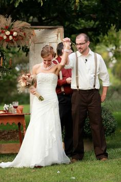 Daughters 1940's Vintage Style Wedding: Its Official...