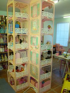 The other side of the building Barbie Room, Barbie Doll House, Diy Barbie Furniture, Dollhouse Furniture, Miniture Dollhouse, Barbie Diorama, Doll House Plans, Girl Bedroom Designs, Barbie Accessories