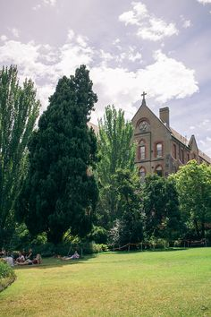Summer Afternoons at Abbotsford Convent | Sunday Chapter #melbourne #victoria #australia #guide
