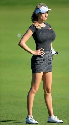 Expert Golf Tips For Beginners Of The Game. Golf is enjoyed by many worldwide, and it is not a sport that is limited to one particular age group. Not many things can beat being out on a golf course o Sexy Golf, Emirates Golf Club, Dubai Golf, Best Golf Clubs, Girls Golf, Ladies Golf Wear, Girls Fit, Gymnastics Girls, Golf Tips For Beginners