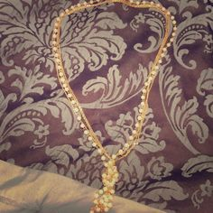 Selling this NWOT Pearl and gold necklace in my Poshmark closet! My username is: abcgirl2013. #shopmycloset #poshmark #fashion #shopping #style #forsale #Rue 21 #Jewelry