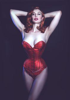 Menelwena • moderncorsetiere: corsetiere: What Katie Did ...