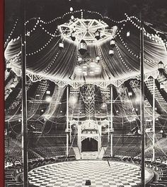 Vintage circus picture - The Big Top Vintage Circus, Old Circus, Dark Circus, Circus Art, Night Circus, Circus Theme, Circus Tents, Vintage Carnival, Big Top Circus