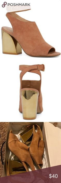 Brand new Aldo shoes I got these for a special occasion & they came just too late! They have a gold heel & suede taupe front! Comes in box! Aldo Shoes Ankle Boots & Booties