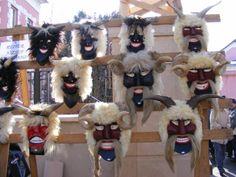Busójárás - Mohács, Magyarország www.mohacsibusojaras.hu Masks Art, Adult Coloring Pages, Techno, Folk Art, Projects To Try, Seasons, Costumes, Creative, Fictional Characters