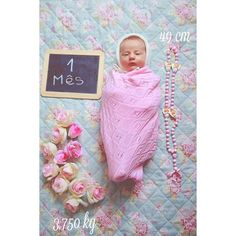 Lovely pink blanket Celebrating 1 month of baby Madalena ©Rita Ferro Alvim | Crush Fotografia