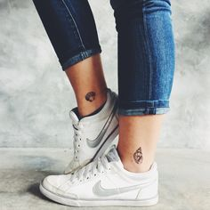 Periwinkle Seashell Pair Tattoos, Bff Tattoos, Future Tattoos, Body Art Tattoos, Ankle Tattoos, Tattoo Art, Tatoos, Conch Shell Tattoos, Seashell Tattoos