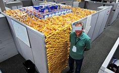 twinkie cubicle prank! #funny #prank #aprilfools