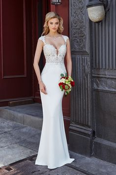 Kitty Chen Bridal The name of this Kitty Chen Bridal style is GRAYSON, the color pictured is: Ivory/Khaki/Tan Wedding Dress Styles, Bridal Dresses, Wedding Gowns, Bridesmaid Dresses, Diy Wedding, Dream Wedding, Wedding Gown Gallery, Bridal Collection, Bridal Style